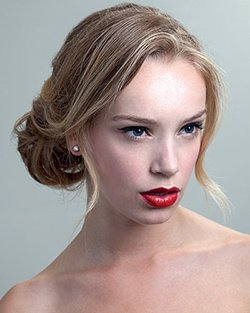 Bridal chignon hair model