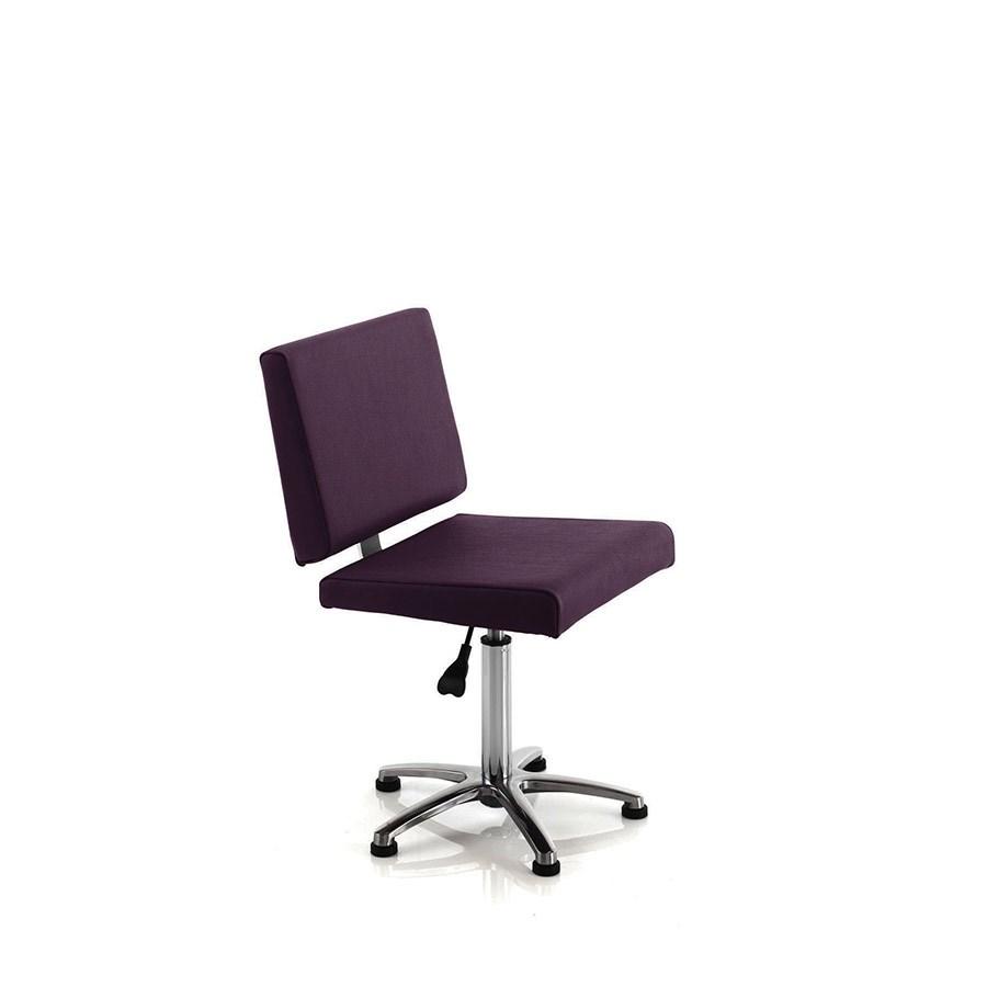 Rem Salsa Nail Client Chairalternative Image1