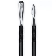 The Manicure Company Knife Edge Cuticle Pusher